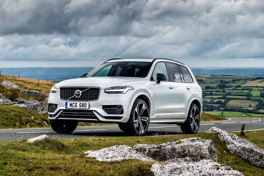 Volvo XC90 Recharge Plug-in Hybrid T8 honoured in inaugural What Car? Electric Car Awards